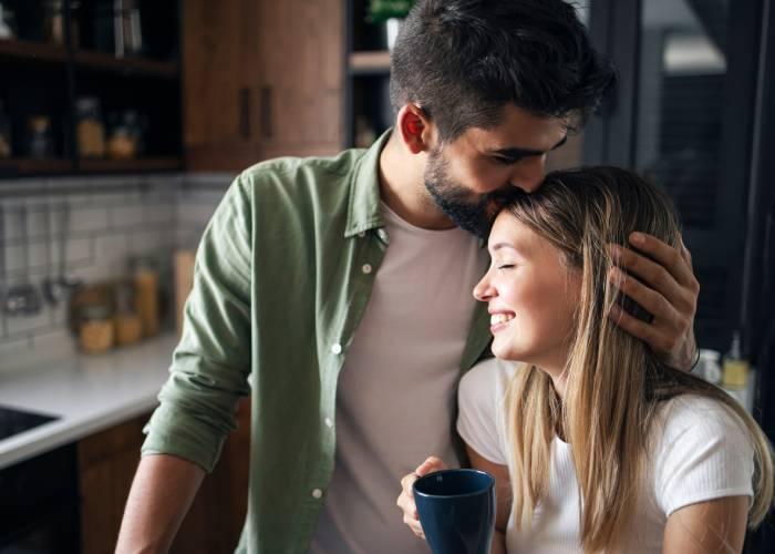 Consigli per un perfetto bacio tra donne