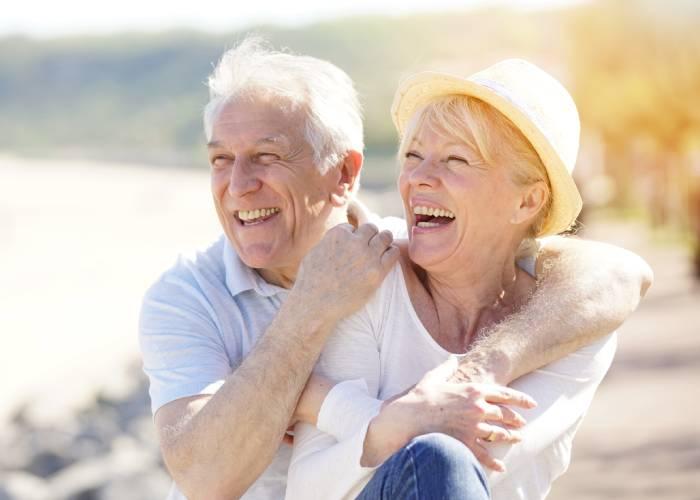 Usare i siti d'incontri per trovare marito a 50 anni
