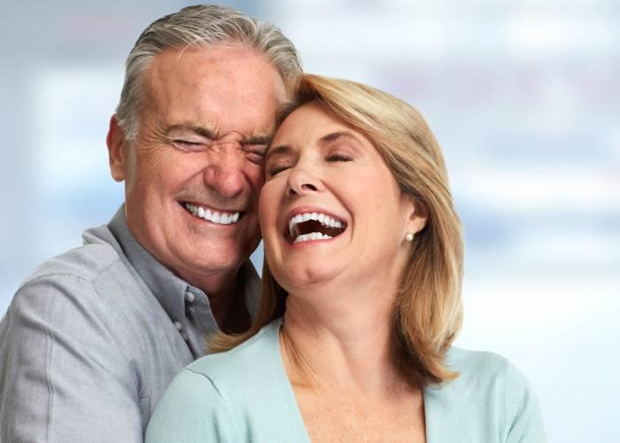 Come si comporta un uomo innamorato a 50 anni